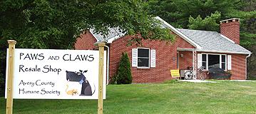 paws_claws.jpg
